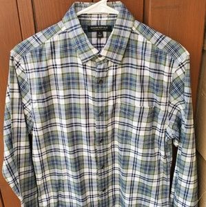 Long sleeve button up woven cotton casual shirt